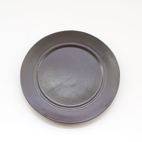 Eric Bonnin Black Kam Dinner Plates Rental