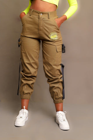 PUSHAS CARGO PANTS (OLIVE)