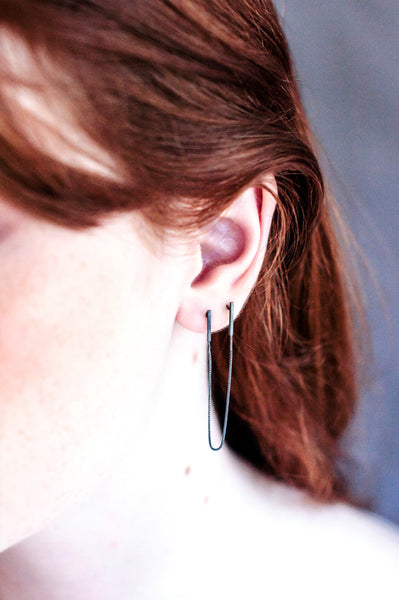 Curved Line Earring