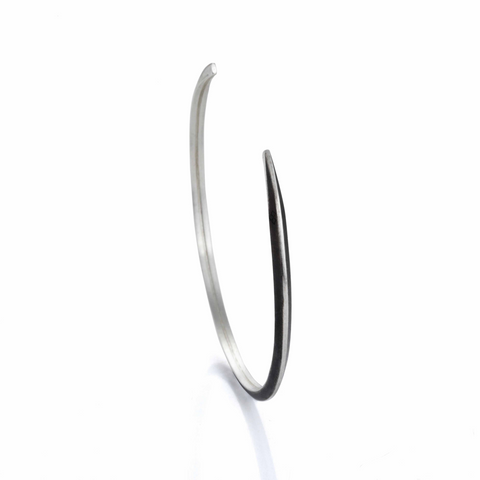 Triangular Profile Cuff