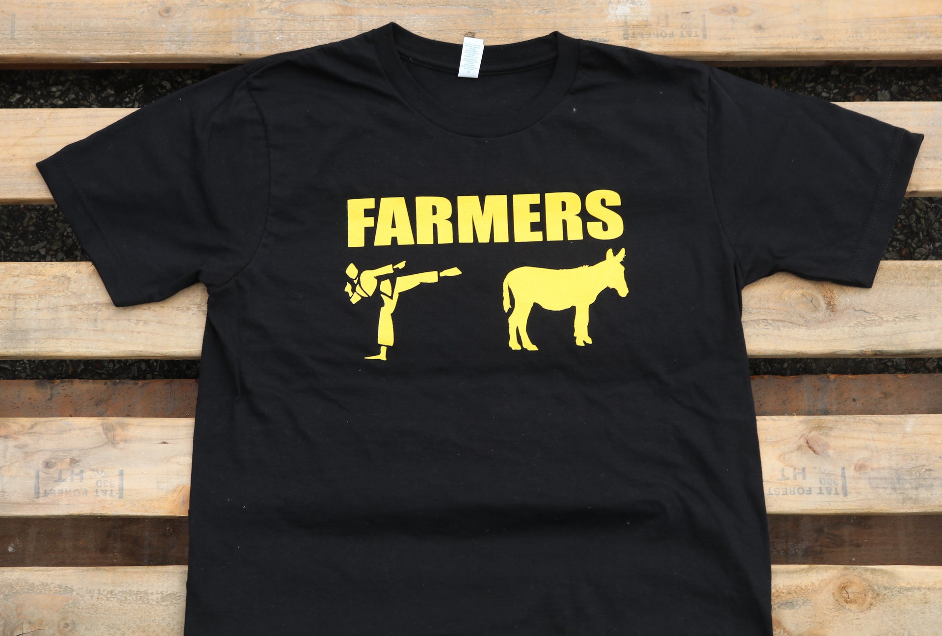 Farm Aid 2017 Farmers Kick Tee