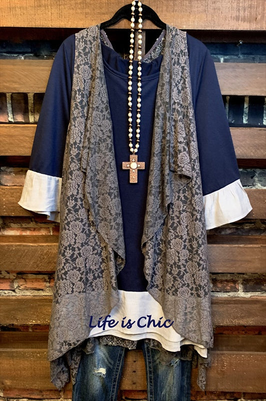 UNIQUE BEAUTY LIGHTWEIGHT T- TUNIC IN NAVY BLUE