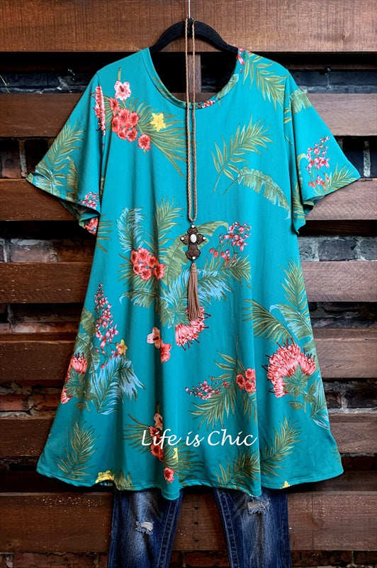 PALM SPRINGS FLORAL DRESS IN GREEN MIX
