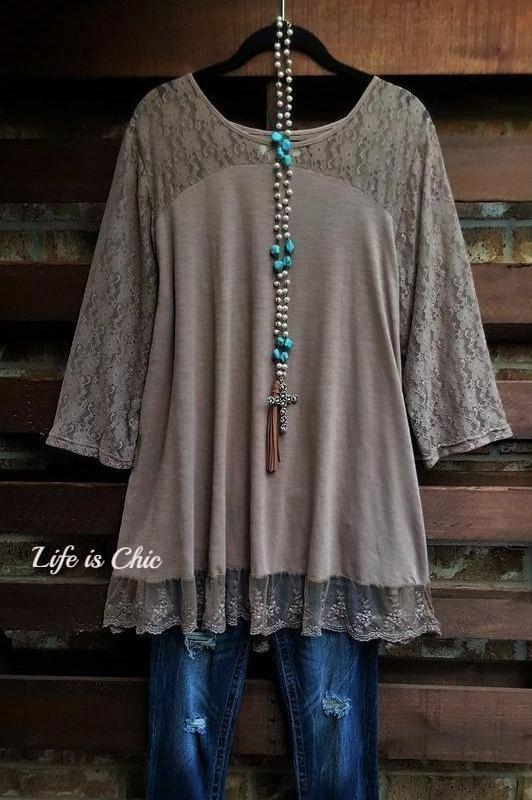 YOU 'RE TOO PRECIOUS LACE TOP IN TAUPE