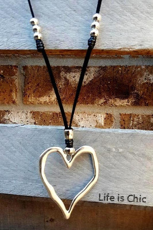 VICTORIAN CHARM HEART NECKLACE SILVER COLOR [product vendor] - Life is Chic Boutique