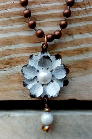 WESTERN NATURAL BEAUTY NECKLACE - IVORY