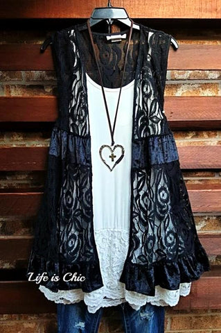 A PIECE OF MY HEART DRESS LACE IN GRAY