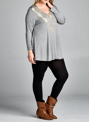 SHE'S FABULOUSLY CHIC T-SHIRT TOP LONG SLEEVE IN LIGHT GRAY