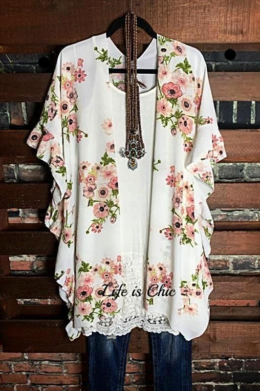 ALWAYS PRETTY FLORAL KIMONO CARDIGAN IN WHITE MIX