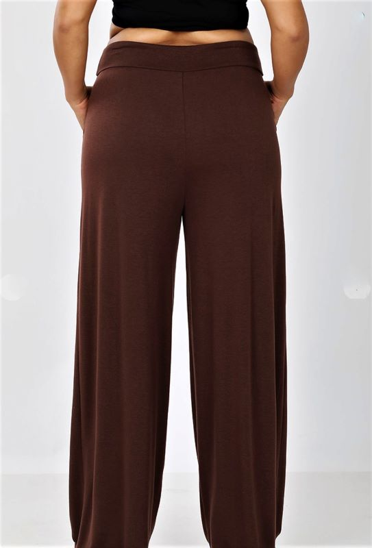 TAKING IT EASY LOUNGE CASUAL PANTS IN BROWN