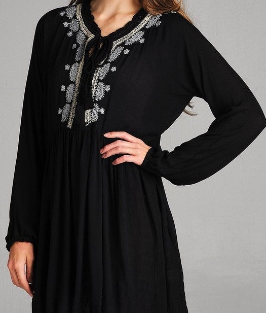 BELIEVE IN MAGIC EMBROIDERED DRESS IN BLACK - REGULAR SIZE