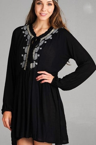 LOVE FOR PAISLEYS EMBROIDERED CHIFFON LIGHTWEIHT IN BLACK & RED