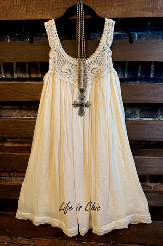 A FAIRYTALE DREAM FAB LACE RUFFLED DRESS BEIGE
