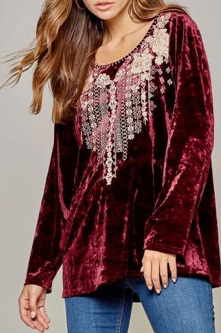 A LOVE THAT WILL LAST FOREVER LACE  TUNIC IN DUSTY LAVANDER