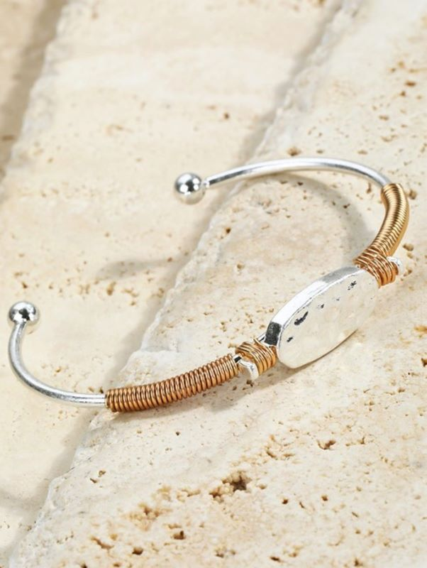 HAMMERED CHARM DESIGN WIRE WRAP CUFF ADJUSTABLE BRACELET SILVER/GOLD