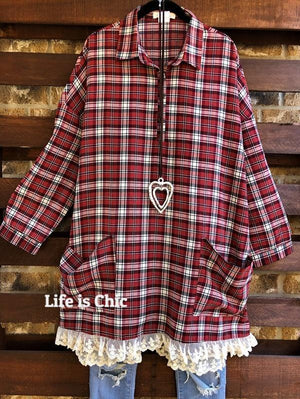 EASY LIVING BOHO COMFY LACE PLAID DRESS PATCHED POCKETS IN CRIMSON