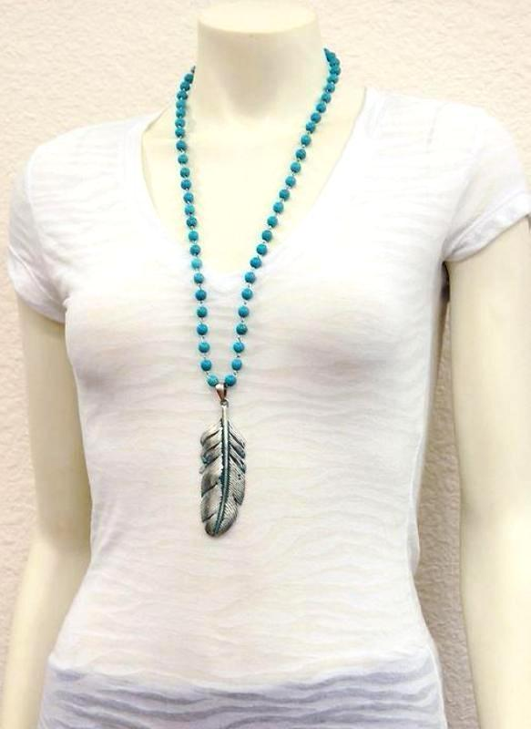 LONE FEATHER NECKLACE W/ TURQUOISE BEADS