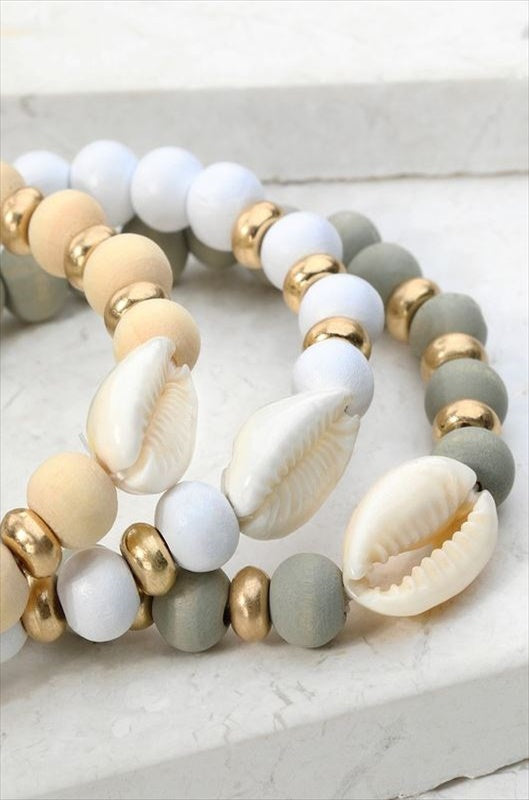 SHELL CHARM WOOD BEAD AND COFFEE BEAN BRACELET IN WHITE