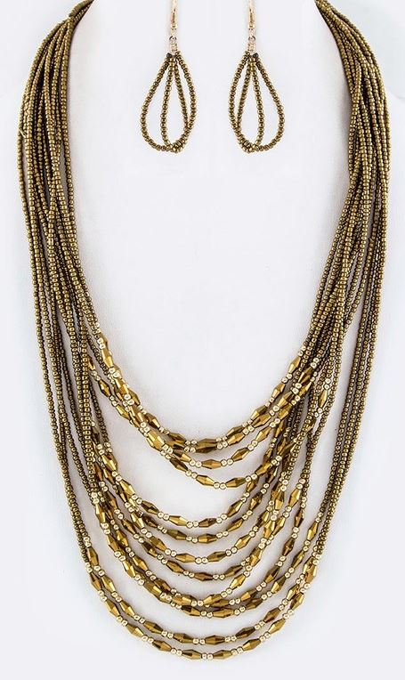 ANYWHERE LAYERED MIX BEAD NECKLACE IN GOLD COLOR