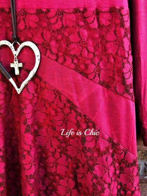 LOVING HEART LACE TOP IN CRIMSON