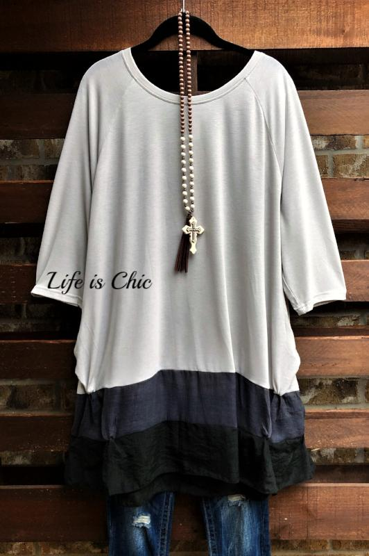 KEEP ME FOREVER EMBELLISHED COMFY T-TOP IN LIGHT GRAY