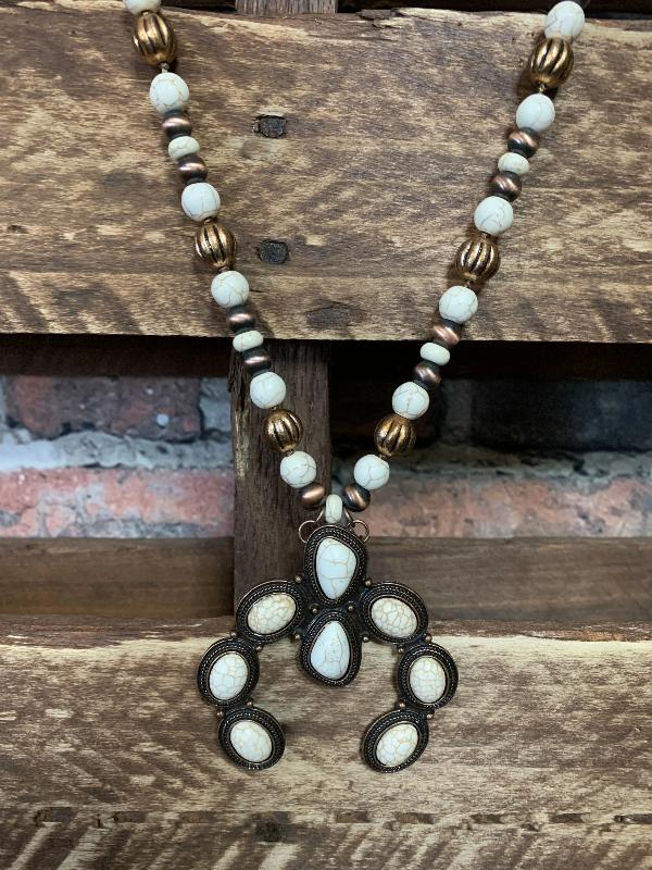 WESTERN SOUL NECKLACE IN IVORY
