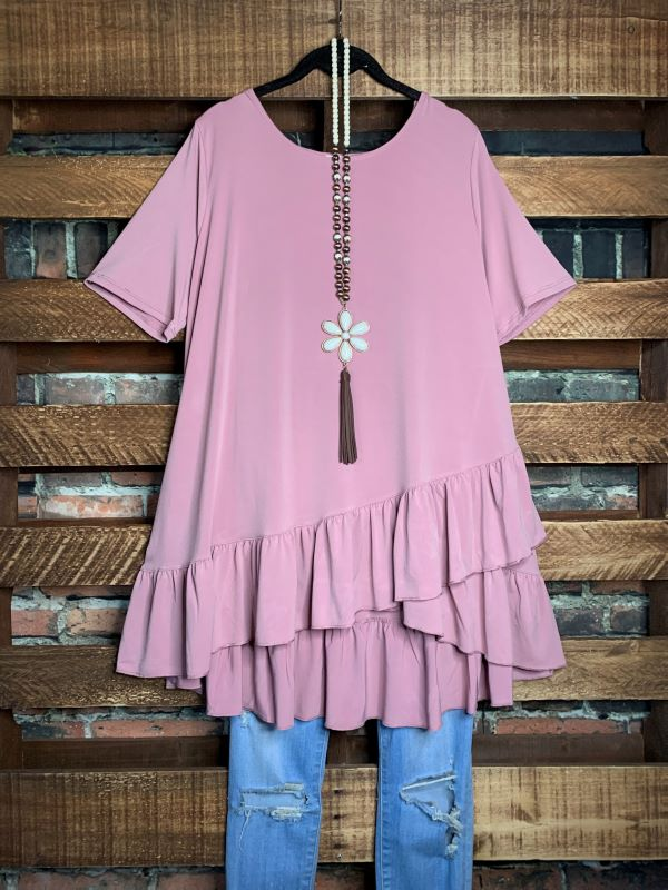 DREAMING IN DETAILS  STYLISH TOP IN VINTAGE ROSE