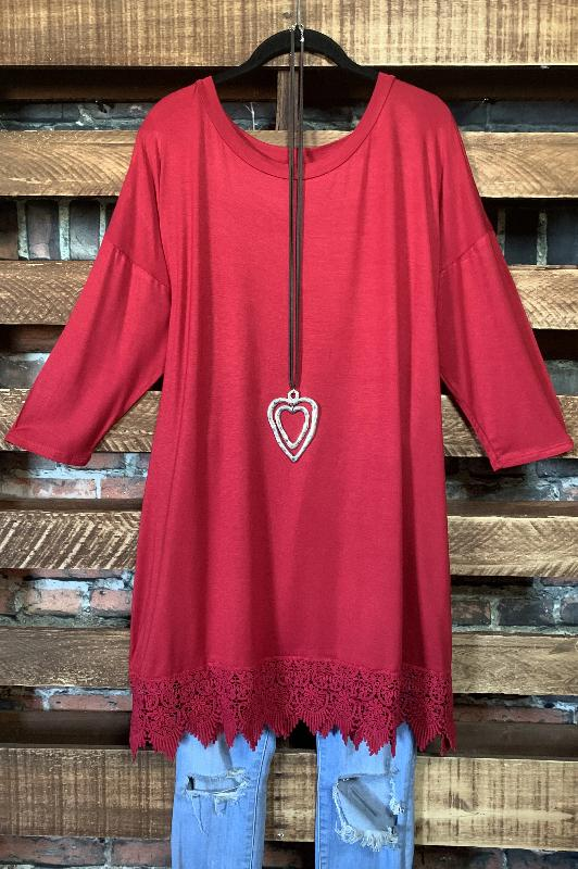 WHEREVER YOU GO LACE PRETTY T-SHIRT TUNIC 3Q SLEEVE IN RED RUBY