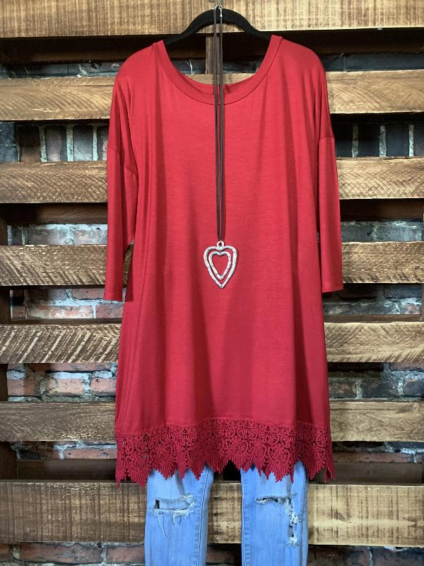 WHEREVER YOU GO LACE PRETTY T-SHIRT TUNIC IN RED RUBY