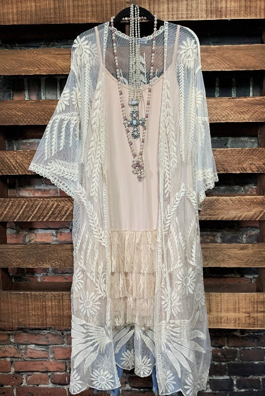 AIR OF ROMANCE EMBROIDERED LACE DUSTER KIMONO IN BEIGE