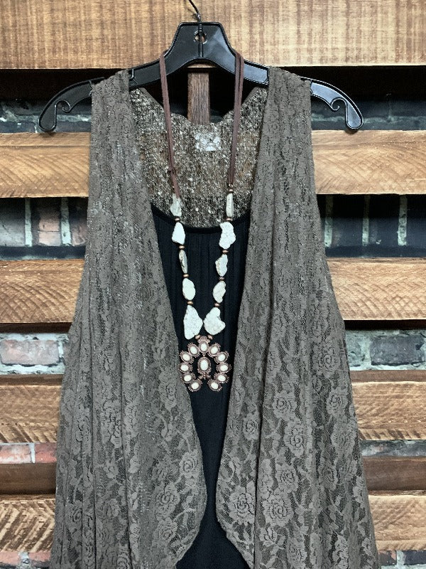 D'AMORE DREAM LACE SHABBY VEST IN BROWN