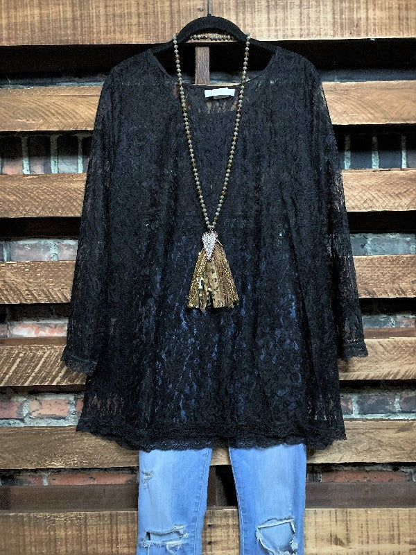 ADORABLY YOURS LACE LAYERING TOP IN BLACK