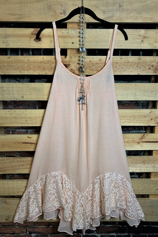 LOVE IN THE CITY LACE SLIP DRESS IN LIGHT PEACH---------sale