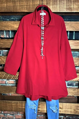 WHEREVER YOU GO LACE PRETTY TEE-SHIRT TUNIC IN RED RUBY