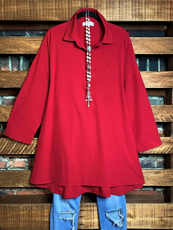 ANYWHERE SHE GOES TUNIC IN BURGUNDY