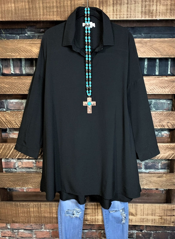 ANYWHERE SHE GOES TUNIC IN BLACK