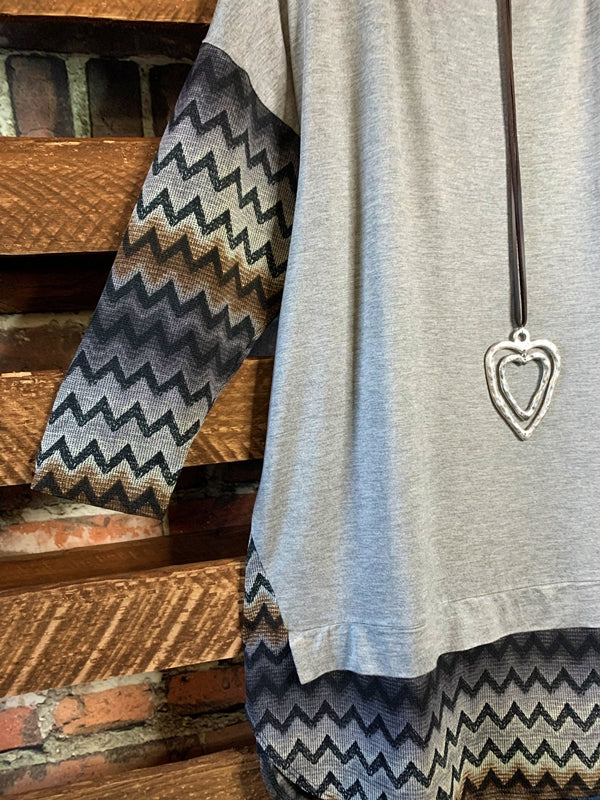 DECLARE YOUR LOVE TUNIC SHIRT IN LIGHT GRAY MIX---------sale