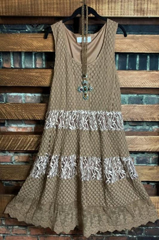 ALWAYS BE ADORABLE & FASHION DRESS IN BROWN & CRIMSON