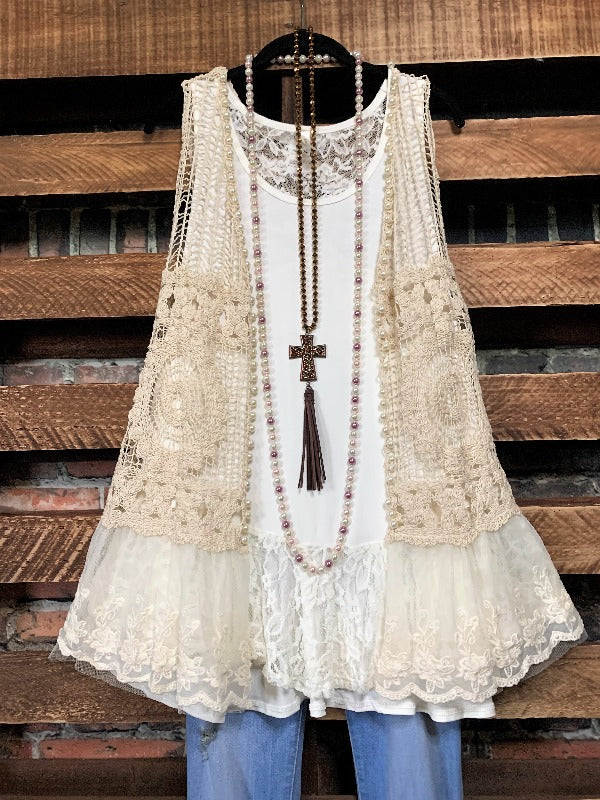 EVER SO SWEET BOHO-VINTAGE CROCHET LACE VEST IN BEIGE