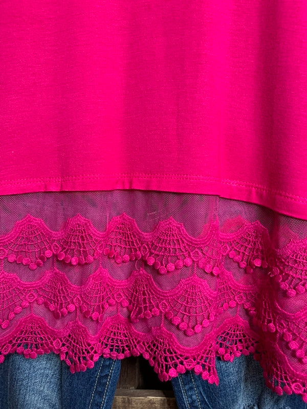 WHEREVER YOU GO LACE PRETTY T-SHIRT TUNIC V NECK IN HOT PINK REGULAR SIZE