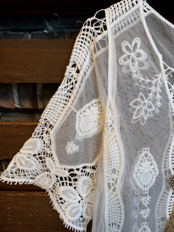 EVER SO SWEET BOHEMIAN CROCHET LACE DRESS IN WHITE