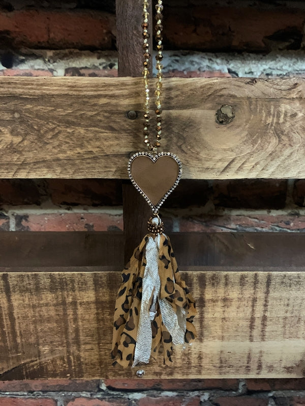 LOVE IN YOUR HEART CRYSTAL BEADED NECKLACE IN LEOPARD & MOCHA