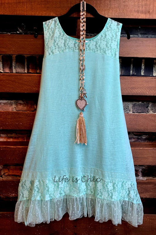 LOST IN A GOOD DREAM LACE SLEEVELESS DRESS IN MINT---------------SALE
