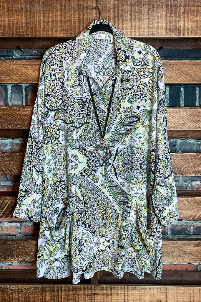 PRETTY PAISLEY OVERSIZED TUNIC WITH POCKETS IN MULTI-COLOR