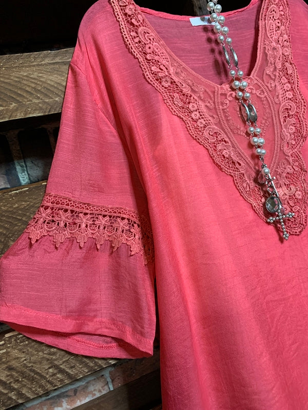 MORNING SONG PRETTY LACE EMBROIDERED TOP IN CORAL-------------sale