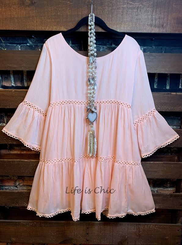 ALL THE PRETTY THINGS DRESS LACE TRIM IN PEACH=====sale
