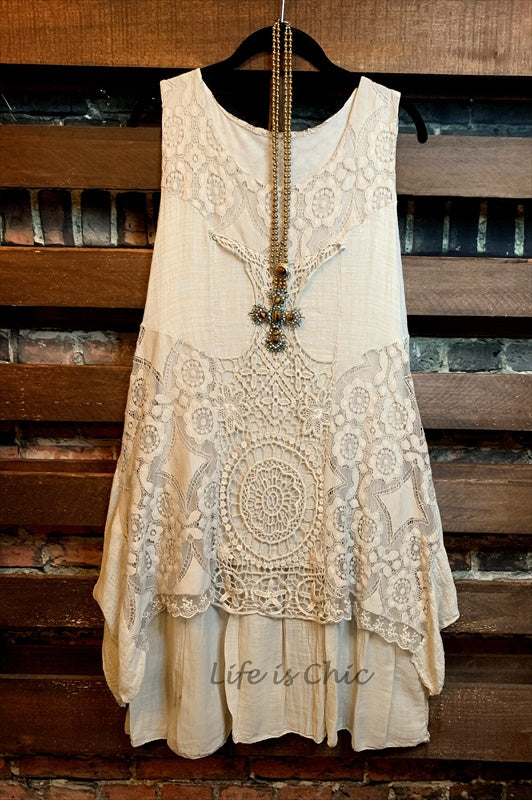 JUST SO PRETTY LACE CROCHET DRESS IN NATURAL------------SALE