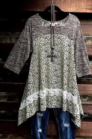 PRETTY DAMASK PRINT DRESS IN BLACK & TAUPE