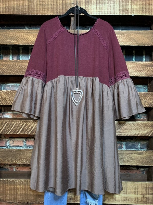 FEELING GROOVY EMPIRE WAIST BABYDOLL DRESS IN BURGUNDY & TAUPE MIX------sale