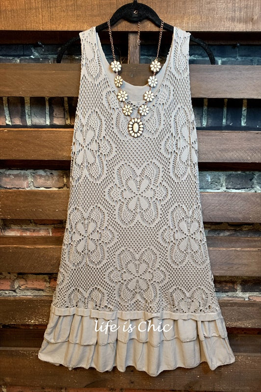 SWEET ROMANCE FLORAL LACE DRESS IN TAUPE
